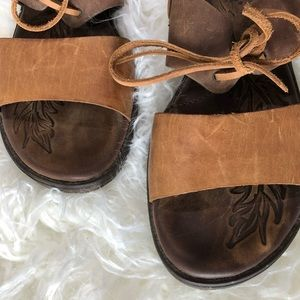 Born brown leather Sandals lace secured W Sz9